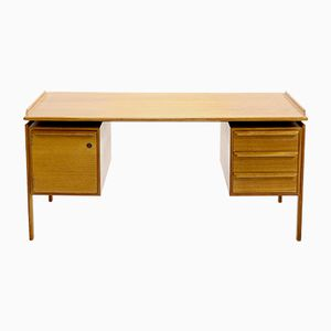 Mid-Century Schreibtisch aus Teak von GV Gasvig für GV Møbler, 1960er