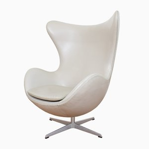 Egg chair di Arne Jacobsen per Fritz Hansen, 2006