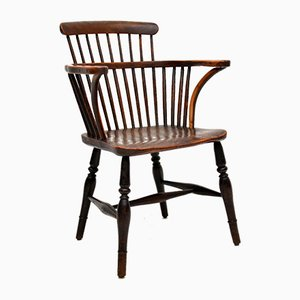 Antiker Windsor Chair aus windfarbenem Holzspan