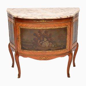 Mueble francés vintage pintado con parte superior de mármol