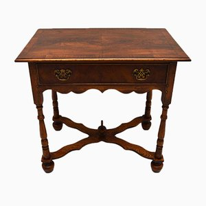 Table d'Appoint Style William and Mary Vintage en Noyer