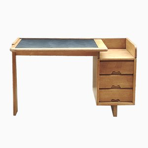 Schreibtisch aus massiver Eiche von Guillerme et Chambron für Votre Maison, 1960er