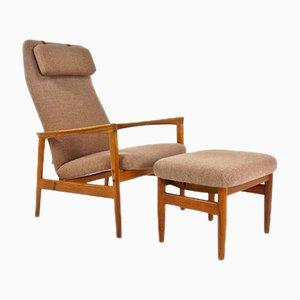 Dänischer Mid-Century Sessel und Fußhocker aus Eiche, 1950er, 2er Set