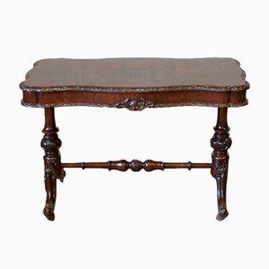 Viktorianischer Tisch aus Nussholz, 1860er