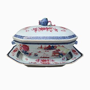 19th-Century Chinese Porcelain Tureen with Tray