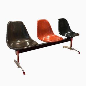Panchina vintage in fibra di vetro di Charles & Ray Eames per Vitra