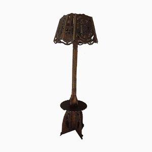 Geschnitzte Vintage Stehlampe