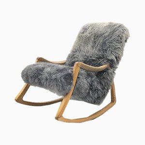 Rocking Chair Vintage en Bois Courbé & en Peau de Mouton de TON, 1960s