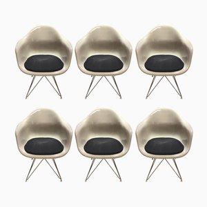 Poltrone vintage in fibra di vetro di Charles & Ray Eames per Herman Miller, anni '70, set di 6