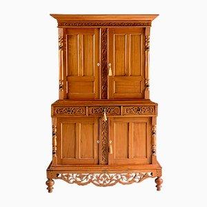 Alacena francesa antigua de madera satinada