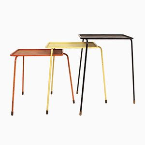 Tavolini a incastro Mid-Century di Mathieu Matégot per Atelier Matégot, Francia, anni '50
