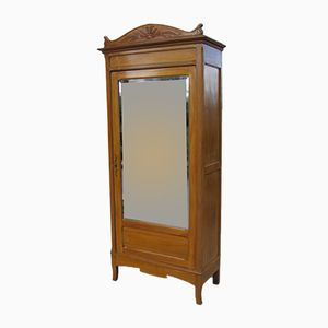 Antiker Kleiderschrank aus Buche mit Spiegel