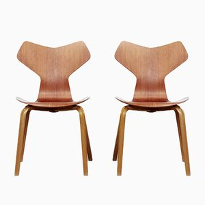 Grand Prix Model 3130 Chairs by Arne Jacobsen for Fritz Hansen, 1960s, Set of 2
