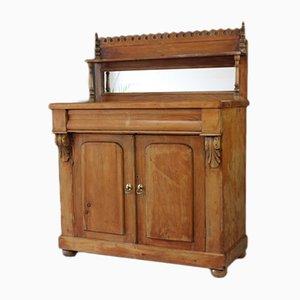 Antiker viktorianischer Schrank aus Kiefernholz