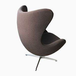 Vintage Egg Lounge Chair by Arne Jacobsen for Fritz Hansen