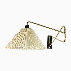 Wandlampe aus vermessingtem Metall mit Gelenkarm von Cosack, 1950er