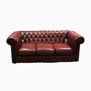 Canapé Chesterfield 3 Places en Cuir Rouge, 1970s