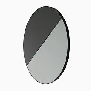 Extra großer runder Mixed Zinnt Dualis Orbis Spiegel mit schwarzem Rahmen von Alguacil & Perkoff Ltd, 2019