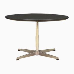 Table Ronde par Arne Jacobsen pour Fritz Hansen