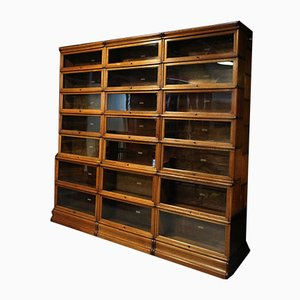 Antique Oak Bookcase from Globe Wernicke
