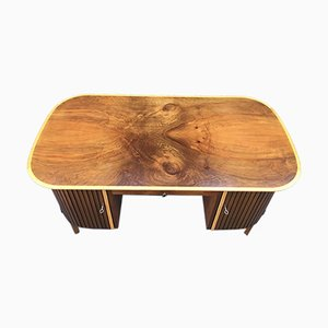 Mid-Century Schreibtisch aus Nussholz