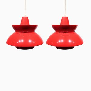 Søværns Pendants in Red and White by Jørn Utzon for Louis Poulsen,1960s, Set of 2