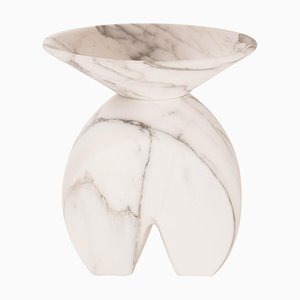 Vase Iris en Marbre par Valentina Cameranesi
