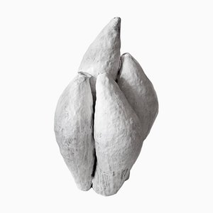 Escultura de cerámica blanca de porcelana de Jojo Corväiá, 2018