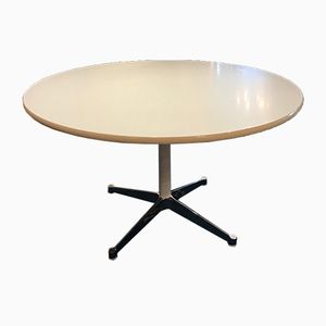 Table Ronde Blanche par Charles & Ray Eames pour Vitra, 1970s