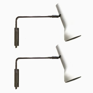 Lámparas de pared de metal cromado y aluminio blanco de Swiss Lamps International, años 60. Juego de 2