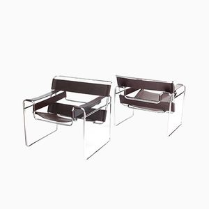 Mid-Century Modern Wassily Chairs by Marcel Breuer for Knoll, Set of 2