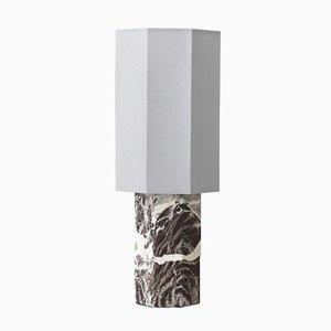 Eight Over Eight Tischlampe aus bordeauxrotem Marmor Schirm in gebrochenem Weiß von Louise Roe für Louise Roe Copenhagen