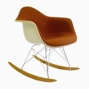 Mecedora de Charles y Ray Eames para Herman Miller, años 80