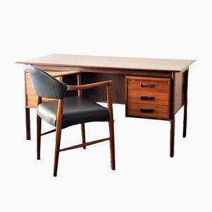 Poltrona nr. 223 in palissandro con scrivania di Kurt Olsen, anni '60