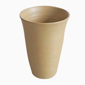 Handgefertigte Vase in Beige von Studio RO-SMIT