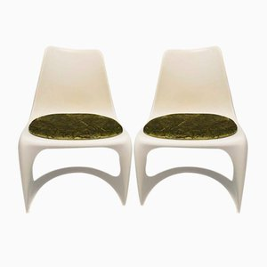 Cantilever 290 White Plastic Chairs from Cado , 1970s, Set of 2