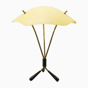 Lámpara de mesa trípode Mid-Century de latón y fibra de vidrio, años 50