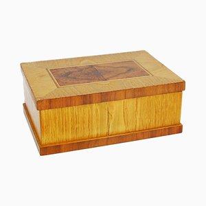 Caja de madera polaca pequeña con incrustaciones, años 50