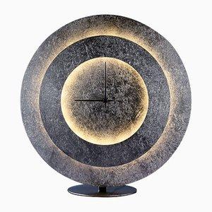 Lampada da tavolo Times di Iseecows Studio per Mimaxlighting SL, 2019