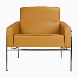 Vintage Caramel Brown & Tan Leather Model 3300 Armchair by Arne Jacobsen for Fritz Hansen, 2000