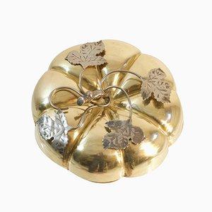 Caja italiana en forma de calabaza de latón con tapa, años 50