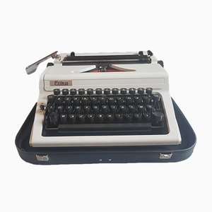 Vintage Erika 100 Typewriter from Robotron