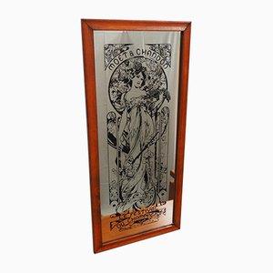 Vintage Spiegel im Eichenrahmen mit Moet & Chandon Champagner Werbung von Aspell Saggers & Co, 1970er