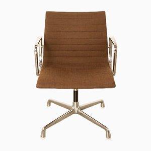 Sedia da scrivania EA108 di Charles & Ray Eames per Herman Miller, anni '60