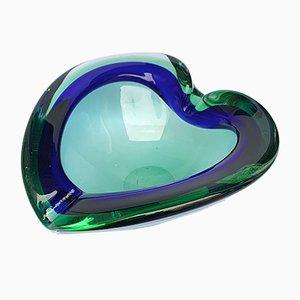 Grün-blaue italienische Schale oder Aschenbecher aus Glas in Herz-Optik, 1960er