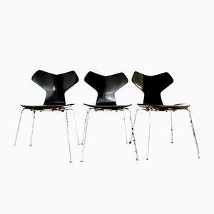 Chaises Grand Prix Vintage par Arne Jacobsen pour Fritz Hansen, 1970s, Set de 3