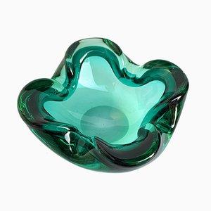 Cuenco o cenicero italiano de vidrio verde Sommerso, años 60