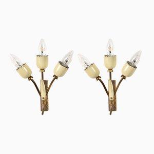 Emaillierte italienische Mid-Century Wandlampen aus Messing, 2er Set