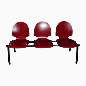 Industrielle Vintage Wartezimmer 3-Sitzer Bank in Rot