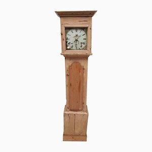 Antike viktorianische Uhr aus Pinienholz